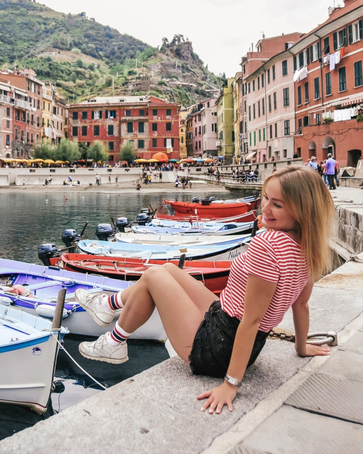 The view of the harbour in Vernazza, Cinque Terre, Italy